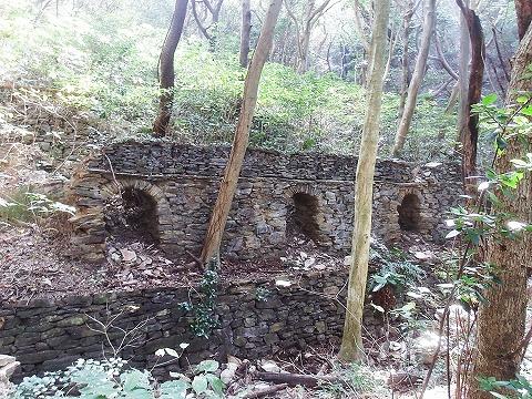 旧三崎焼窯精錬所